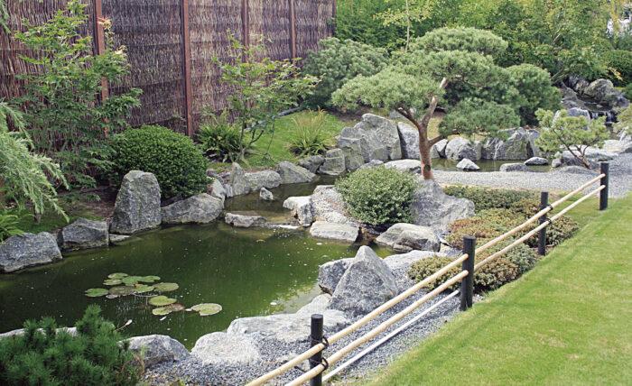 sten eller granit ved havedam, sådan gør du guide